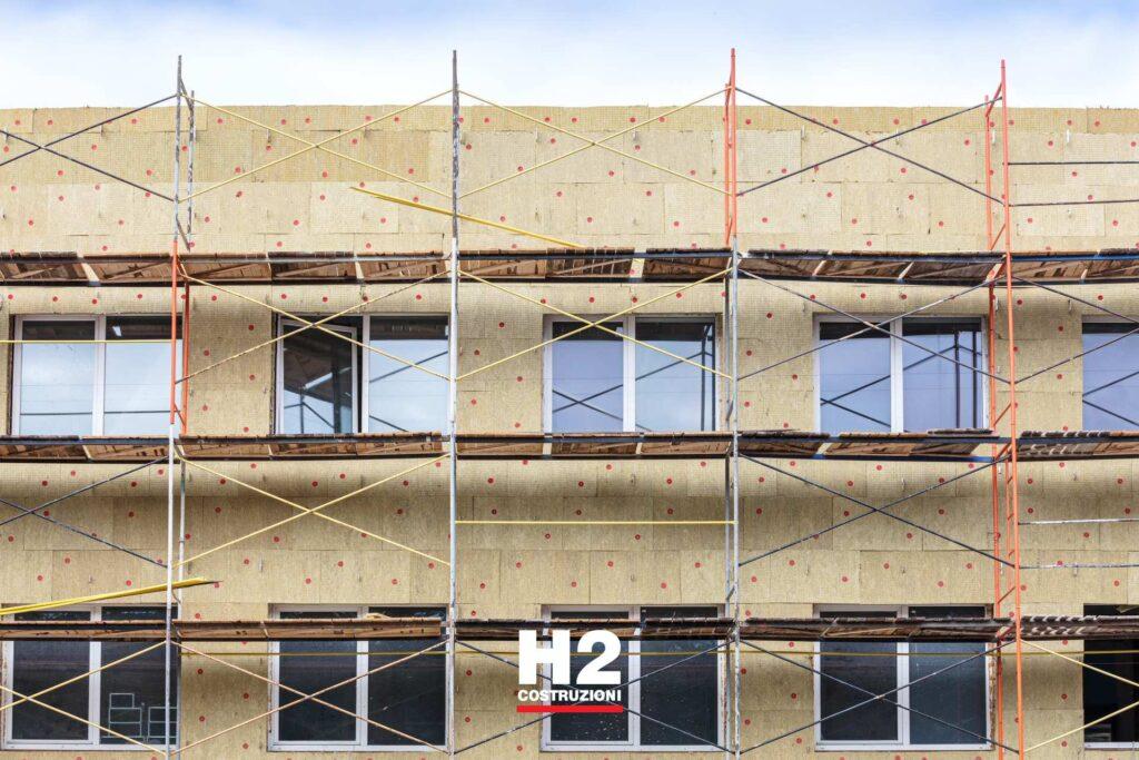 Studi uffici - ponteggi rifacimento facciata
